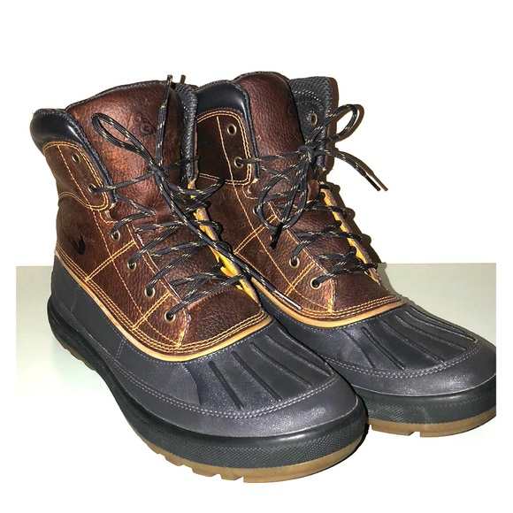 Nike ACG Duck Boots